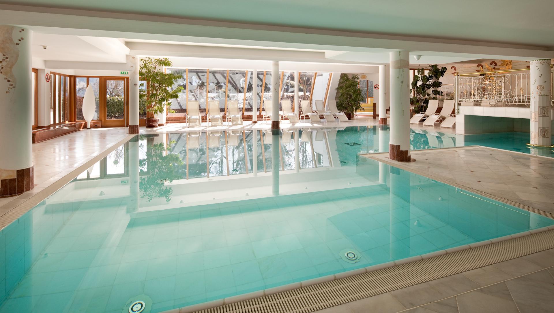 Design#5001643: Gartenhotel crystal ? die erste wahl im zillertal | busreisen .... Design Des Swimmingpools Richtig Wahlen