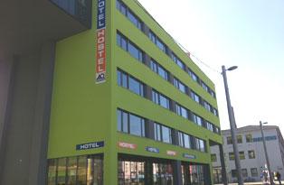 a_und_o_graz_hauptbahnhof