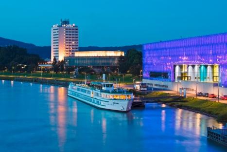 Bushotel in Linz: ARCOTEL NIKE