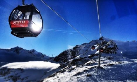 Skifahren am Gletscher - Gondel im Pitztal
